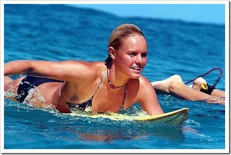 katebosworth_bluecrush_onboard_swimming