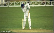 peter-roebuck-somerset-1986_thumb.jpg