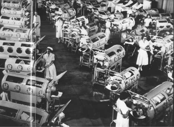 Polio patients on rion lungs